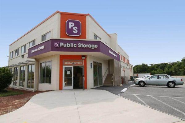 Public Storage - Arlington - 398 Long Bridge Drive 398 Long Bridge Drive Arlington, VA - Photo 0