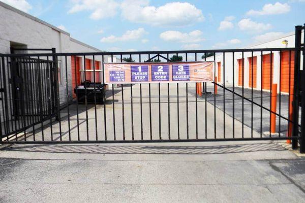 Public Storage - Dayton - 6207 Executive Blvd 6207 Executive Blvd Dayton, OH - Photo 3