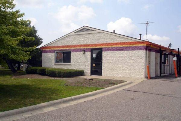 Public Storage - Fraser - 31505 Groesbeck Hwy 31505 Groesbeck Hwy Fraser, MI - Photo 0