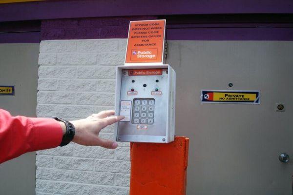 Public Storage - Fraser - 31505 Groesbeck Hwy 31505 Groesbeck Hwy Fraser, MI - Photo 4