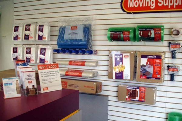 Public Storage - Fraser - 31505 Groesbeck Hwy 31505 Groesbeck Hwy Fraser, MI - Photo 2