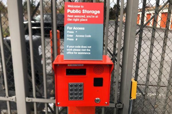 Public Storage - Liverpool - 7345 Oswego Road 7345 Oswego Road Liverpool, NY - Photo 4
