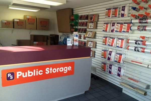 Public Storage - Liverpool - 7345 Oswego Road 7345 Oswego Road Liverpool, NY - Photo 2