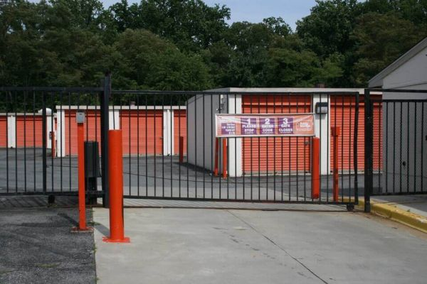 Public Storage - Bowie - 5801 Woodcliff Rd 5801 Woodcliff Rd Bowie, MD - Photo 3