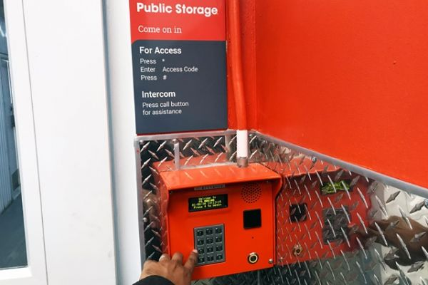 Public Storage - Long Island City - 4920 Van Dam St 4920 Van Dam St Long Island City, NY - Photo 4