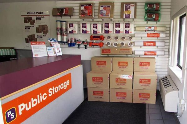Public Storage - Cheverly - 7700 Central Ave 7700 Central Ave Cheverly, MD - Photo 2