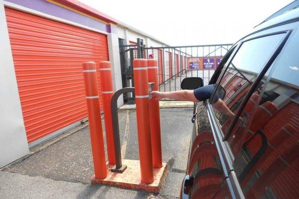 Public Storage - Louisville - 4324 Poplar Level Road 4324 Poplar Level Road Louisville, KY - Photo 4