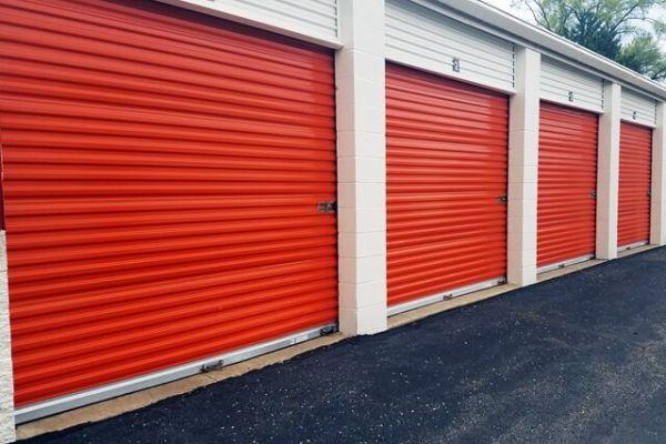 Public Storage - Farmington - 34050 W 9 Mile Road 34050 W 9 Mile Road Farmington, MI - Photo 1