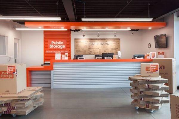 Public Storage - Royal Oak - 5060 Coolidge Highway 5060 Coolidge Highway Royal Oak, MI - Photo 2