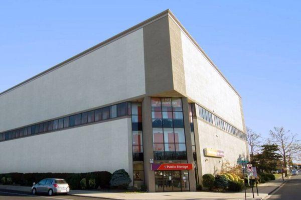 Public Storage - Rockville Centre - 484 Sunrise Hwy 484 Sunrise Hwy Rockville Centre, NY - Photo 0