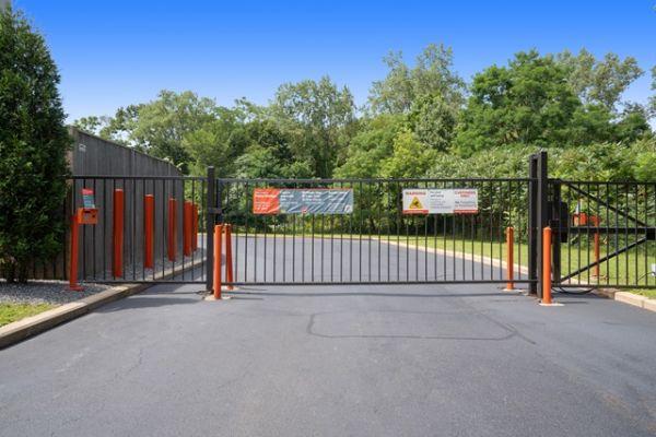 Public Storage - Waltham - 260 Lexington Street 260 Lexington Street Waltham, MA - Photo 3