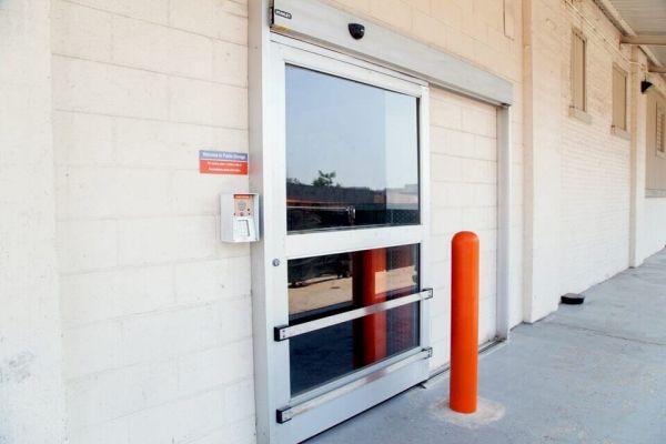 Public Storage - Long Island City - 3204 Northern Blvd 3204 Northern Blvd Long Island City, NY - Photo 3