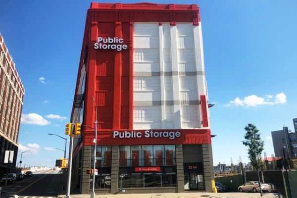 Public Storage - Long Island City - 3204 Northern Blvd 3204 Northern Blvd Long Island City, NY - Photo 0