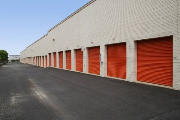 Public Storage - Fairfax - 11334 Lee Hwy 11334 Lee Hwy Fairfax, VA - Photo 1