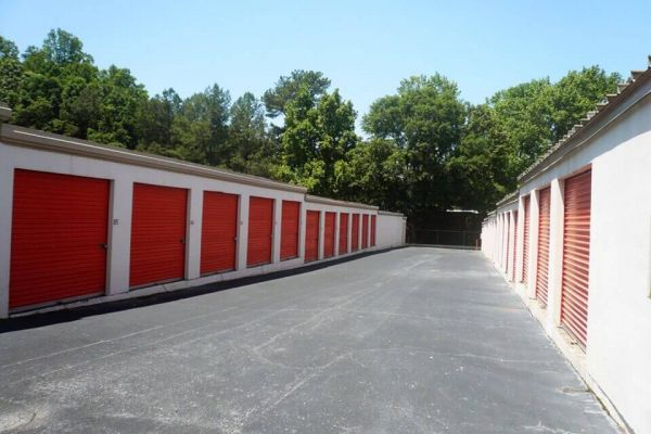 Public Storage - Forest Park - 5979 Old Dixie Hwy 5979 Old Dixie Hwy Forest Park, GA - Photo 1