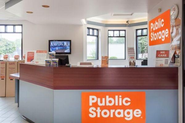 Public Storage - Flint - 5180 S Dort Hwy 5180 S Dort Hwy Flint, MI - Photo 2