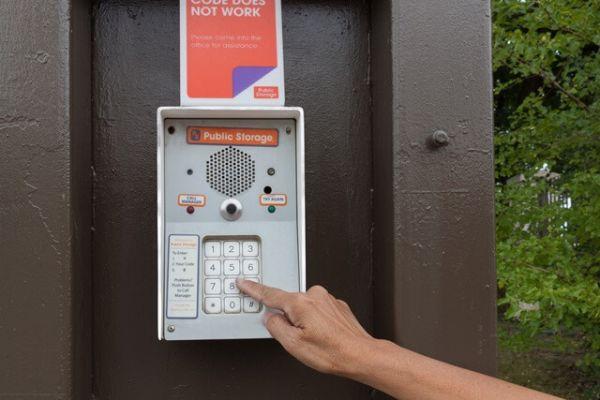 Public Storage - Flint - 5180 S Dort Hwy 5180 S Dort Hwy Flint, MI - Photo 4