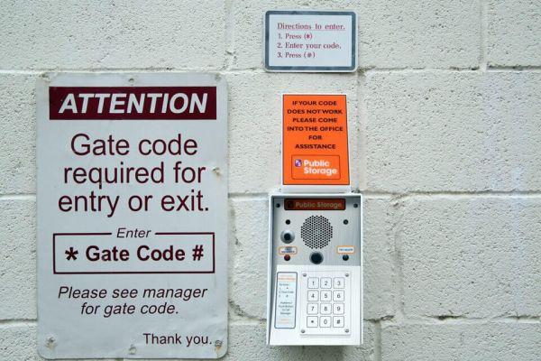 Public Storage - Falls Church - 400 North Roosevelt Blvd 400 North Roosevelt Blvd Falls Church, VA - Photo 4