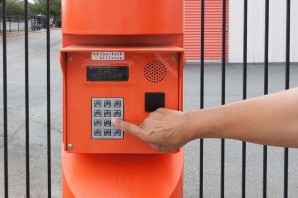 Public Storage - Charlotte - 4555 South Blvd 4555 South Blvd Charlotte, NC - Photo 4