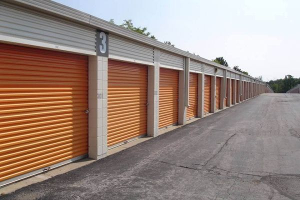 Public Storage - Auburn Hills - 4040 Lapeer Road 4040 Lapeer Road Auburn Hills, MI - Photo 1