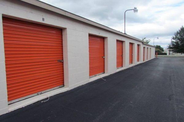 Public Storage - Greensboro - 321 N Chimney Rock Road 321 N Chimney Rock Road Greensboro, NC - Photo 1