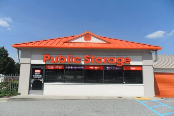 Public Storage - Florence - 2201 2nd Loop Rd 2201 2nd Loop Rd Florence, SC - Photo 0