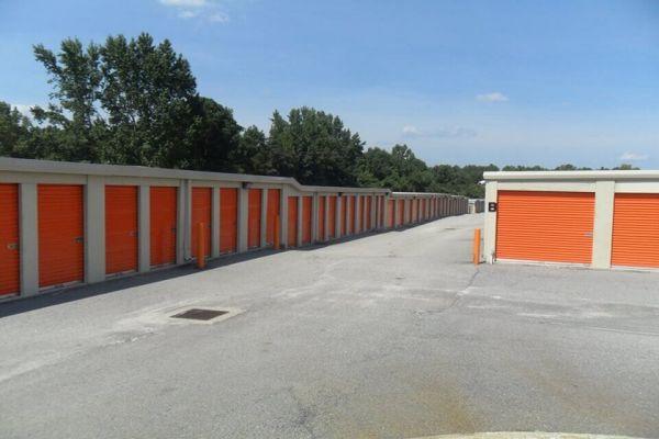 Public Storage - Florence - 2201 2nd Loop Rd 2201 2nd Loop Rd Florence, SC - Photo 1