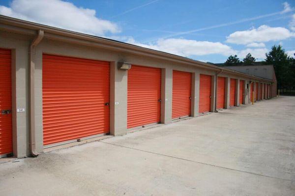 Public Storage - Herndon - 466 Herndon Parkway 466 Herndon Parkway Herndon, VA - Photo 1