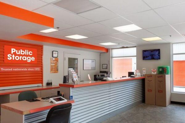 Public Storage - Gaithersburg - 501 E Diamond Ave 501 E Diamond Ave Gaithersburg, MD - Photo 2