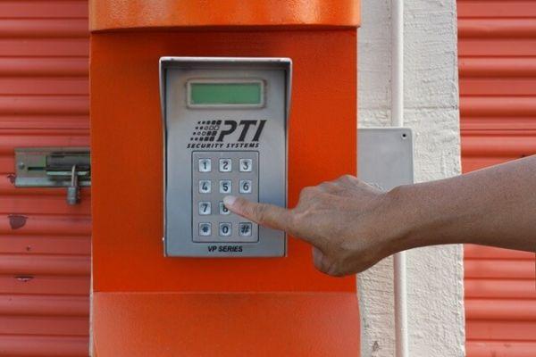 Public Storage - Charlotte - 3912 Wilkinson Blvd 3912 Wilkinson Blvd Charlotte, NC - Photo 4