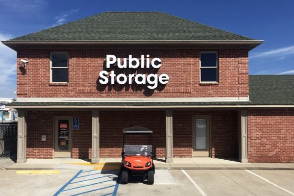 Public Storage - Amelia - 1170 W Ohio Pike 1170 W Ohio Pike Amelia, OH - Photo 0