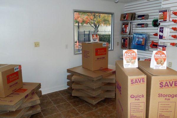 Public Storage - Charlotte - 4730 N Tryon St 4730 N Tryon St Charlotte, NC - Photo 2