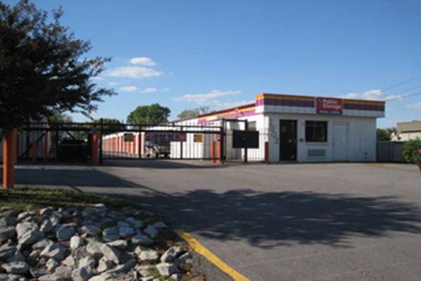 Public Storage - Huntsville - 2902 Drake Ave SW 2902 Drake Ave SW Huntsville, AL - Photo 0