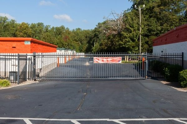 Public Storage - Holly Springs - 2881 Broad Street 2881 Broad Street Holly Springs, NC - Photo 3