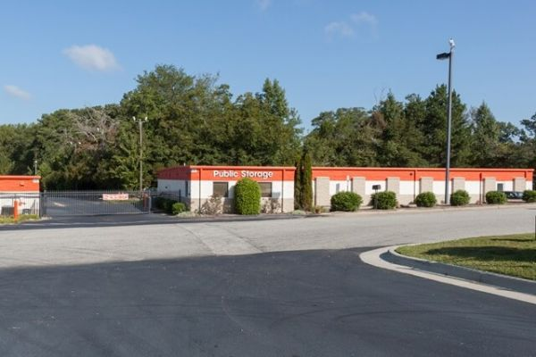 Public Storage - Holly Springs - 2881 Broad Street 2881 Broad Street Holly Springs, NC - Photo 0