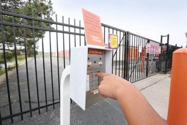 Public Storage - Lansing - 2345 173rd Street 2345 173rd Street Lansing, IL - Photo 4