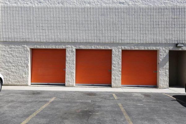 Public Storage - Chicago - 4072 N Broadway Street 4072 N Broadway Street Chicago, IL - Photo 1