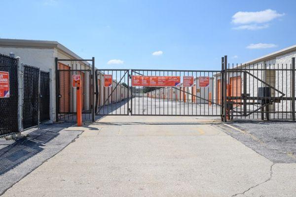 Public Storage - Orland Hills - 8901 159th Street 8901 159th Street Orland Hills, IL - Photo 3