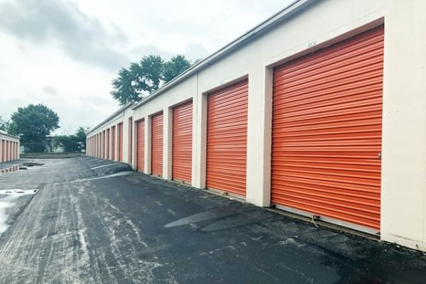Public Storage - St Louis - 3192 S Brentwood Blvd 3192 S Brentwood Blvd St Louis, MO - Photo 1