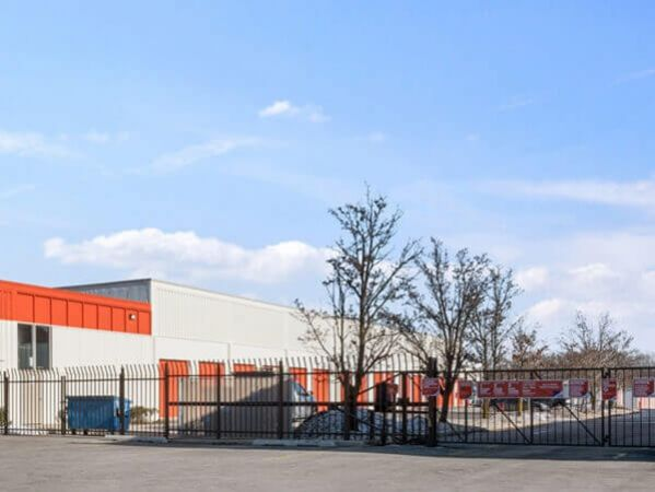 Public Storage - Morton Grove - 8625 Waukegan Road 8625 Waukegan Road Morton Grove, IL - Photo 3