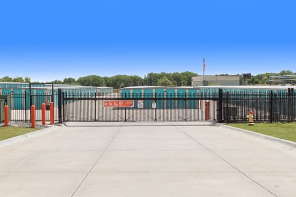 Public Storage - Elkhorn - 20809 Cumberland Dr 20809 Cumberland Dr Elkhorn, NE - Photo 3