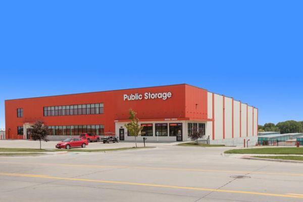 Public Storage - Elkhorn - 20809 Cumberland Dr