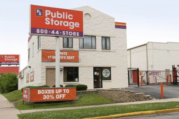 Public Storage - Chicago - 2351 N Harlem Ave 2351 N Harlem Ave Chicago, IL - Photo 0