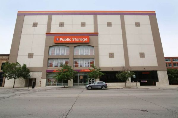 Public Storage - Chicago - 362 W Chicago Ave 362 W Chicago Ave Chicago, IL - Photo 0