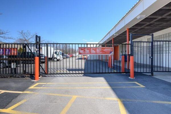 Public Storage - Mount Prospect - 708 W Central Road 708 W Central Road Mount Prospect, IL - Photo 3