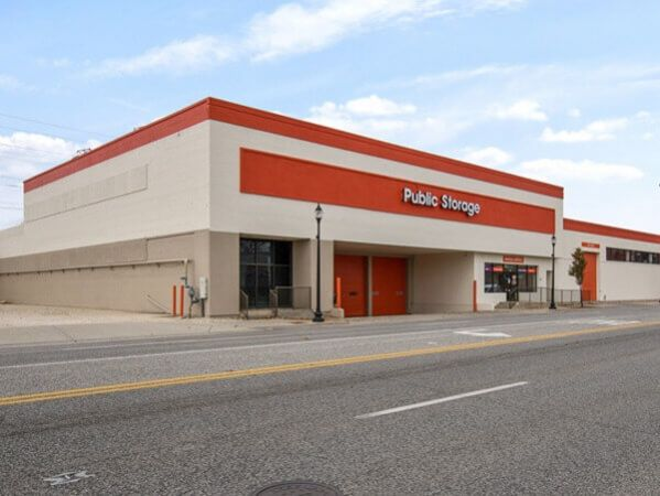 Public Storage - Skokie - 8220 Skokie Blvd 8220 Skokie Blvd Skokie, IL - Photo 0