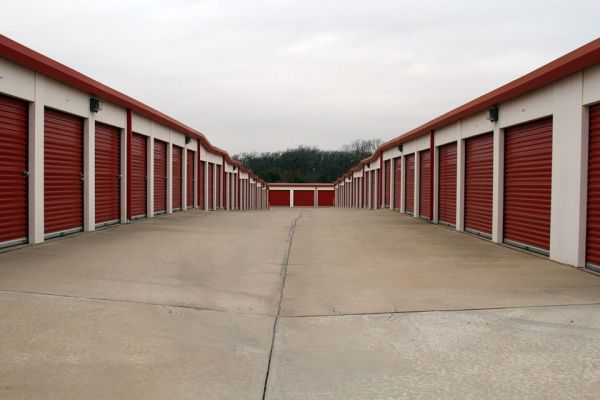 Public Storage - Edmond - 640 NW 164th St 640 NW 164th St Edmond, OK - Photo 1