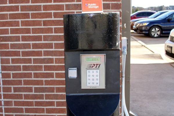 Public Storage - Edmond - 640 NW 164th St 640 NW 164th St Edmond, OK - Photo 4