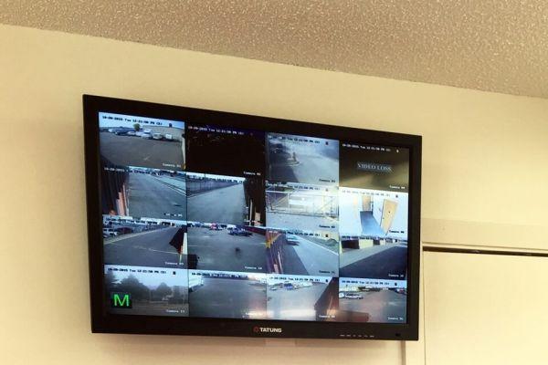 Public Storage - Fridley - 5350 Industrial Blvd 5350 Industrial Blvd NE Fridley, MN - Photo 3