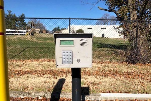 Public Storage - Evansville - 2820 Mesker Park Dr 2820 Mesker Park Dr Evansville, IN - Photo 4